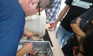 Laboratório Criativo de Informática com Claúdio Sensato
